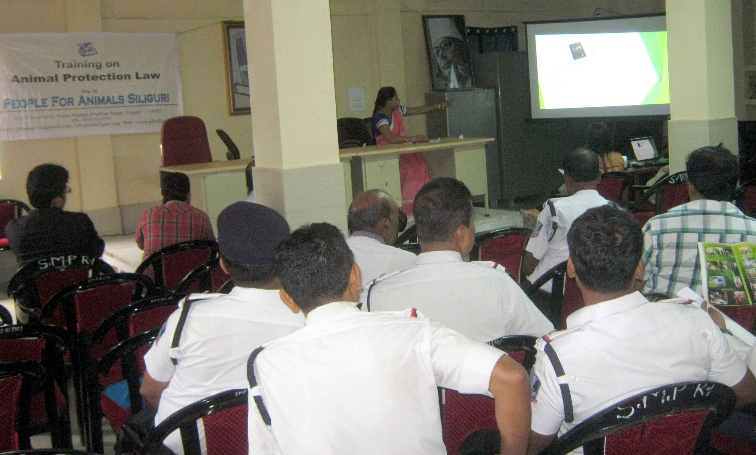 Animal protection law training for police