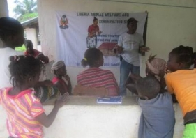 Responsible dog ownership training and free veterinary care in Liberia